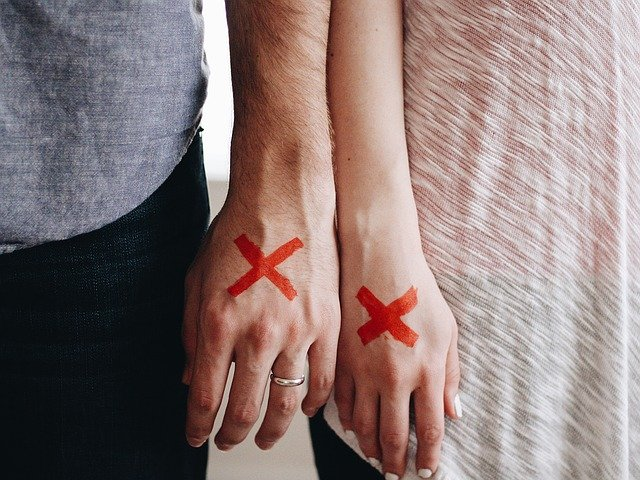 Hands Couple Red X X Marked  - Free-Photos / Pixabay